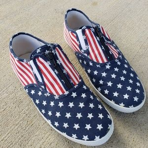 TOTES SPORTS American Flag Canvas Slip-ons, 10M